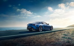 2016 Lexus LC 500h Luxury Coupe 3