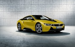 2017 BMW i8 Frozen Yellow Edition 2