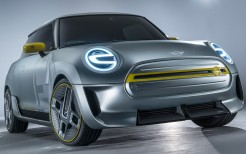 2017 Mini Electric Concept 4
