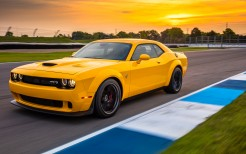 2018 Dodge Challenger SRT Hellcat Widebody 6