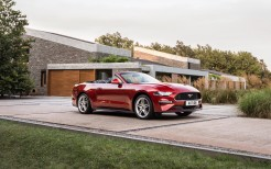2018 Ford Mustang Convertible 4K 3