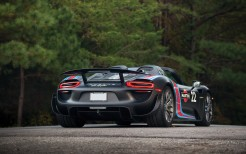Porsche 918 Spyder Weissach Package Martini Racing 4K 4
