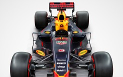 Red Bull RB13 2017 Formula 1 Car 4K