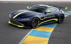 Elegant 2018 Aston Martin Vantage GT3 4K 6