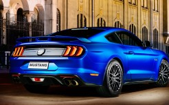 2018 Ford Mustang GT Fastback 4K 12