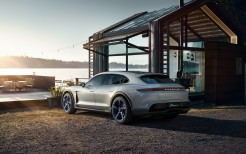 2018 Porsche Mission E Cross Turismo 4K 10
