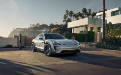 2018 Porsche Mission E Cross Turismo 4K 11