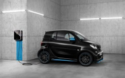 2018 smart EQ Fortwo Edition Nightsky Coupe 4K 3