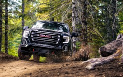 2019 GMC Sierra AT4 Crew Cab 4K