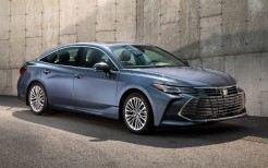 2019 Toyota Avalon Limited 4K