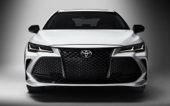 2019 Toyota Avalon Touring 4K 2