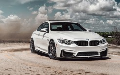 Alpine White BMW F82 M4