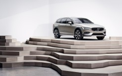Volvo V60 T5 Cross Country 4K