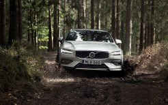 Volvo V60 T5 Cross Country 4K 2
