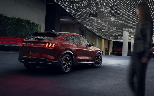 2021 Ford Mustang Mach-E 5K 2