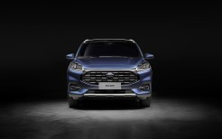 Ford Escape Titanium 2019 4K