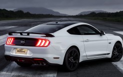 Ford Mustang GT Black Shadow 2019 4K 5K 3