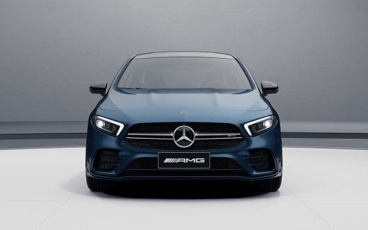Mercedes-AMG A 35 L 4MATIC 2019 2 4K