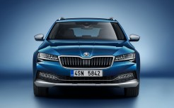 Skoda Superb Scout 2019 5K
