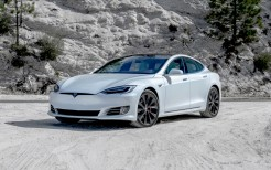 2020 Tesla Model S Performance