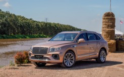 Bentley Bentayga V8 2020 4K