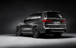 BMW X7 M50i Edition Dark Shadow 2020 4K 2