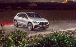 Mercedes-AMG GLA 35 4MATIC 2020 4K 3