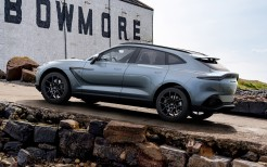 Q by Aston Martin DBX Bowmore Edition 2021 5K