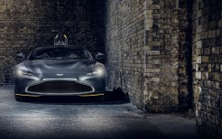 Q by Aston Martin Vantage 007 Edition 2020 5K 2