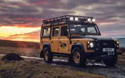Land Rover Defender Works V8 Trophy 2021 5K
