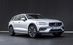 Volvo V60 B4 Cross Country 2021 5K