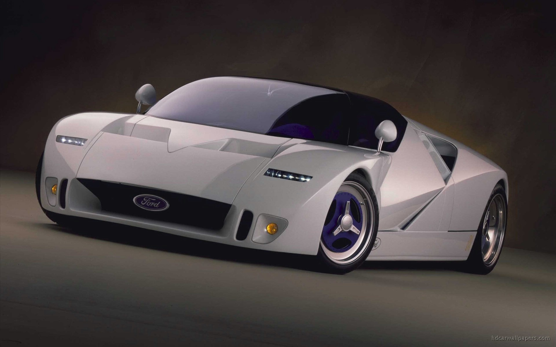 1995_ford_gt90_concept_car-wide.jpg