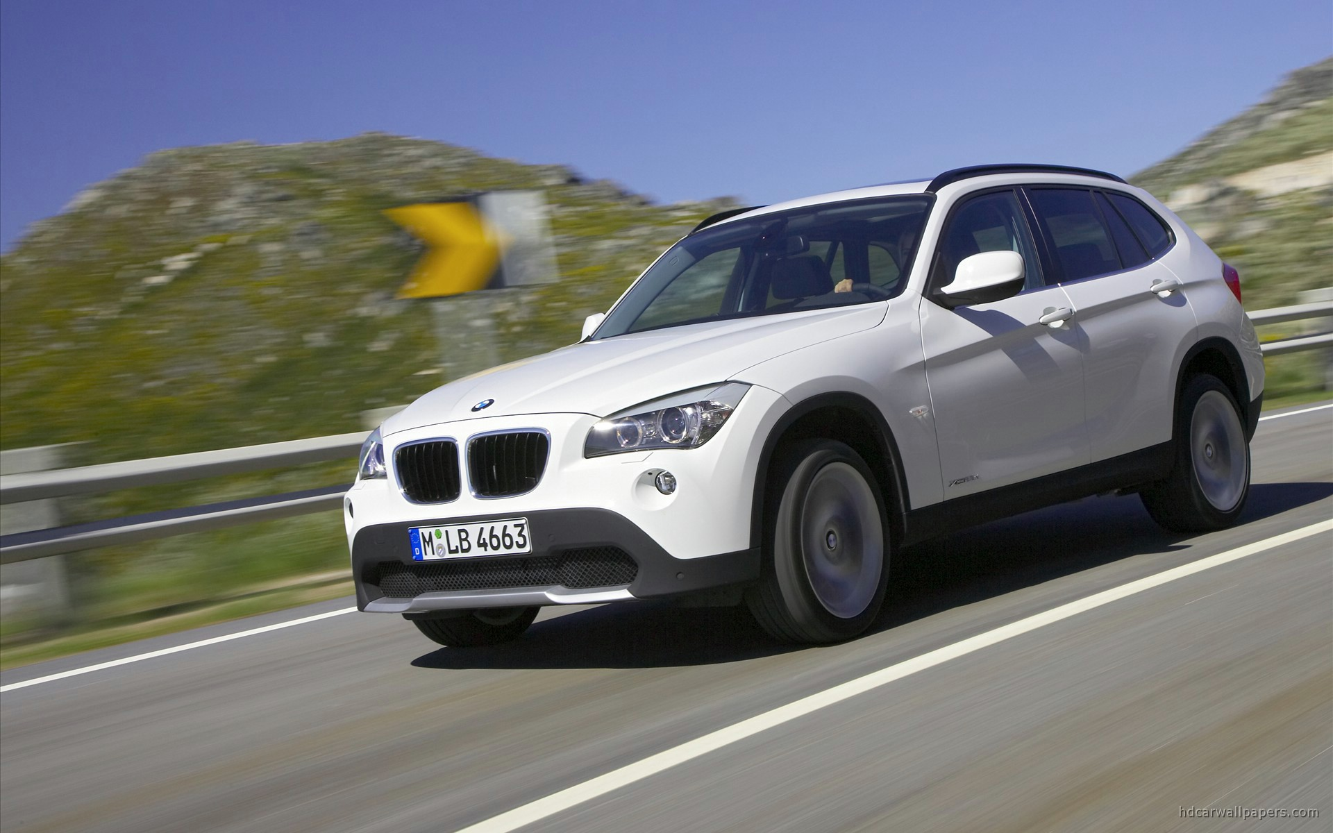 2010 bmw x1 wallpaper hd car wallpapers id 284. Black Bedroom Furniture Sets. Home Design Ideas