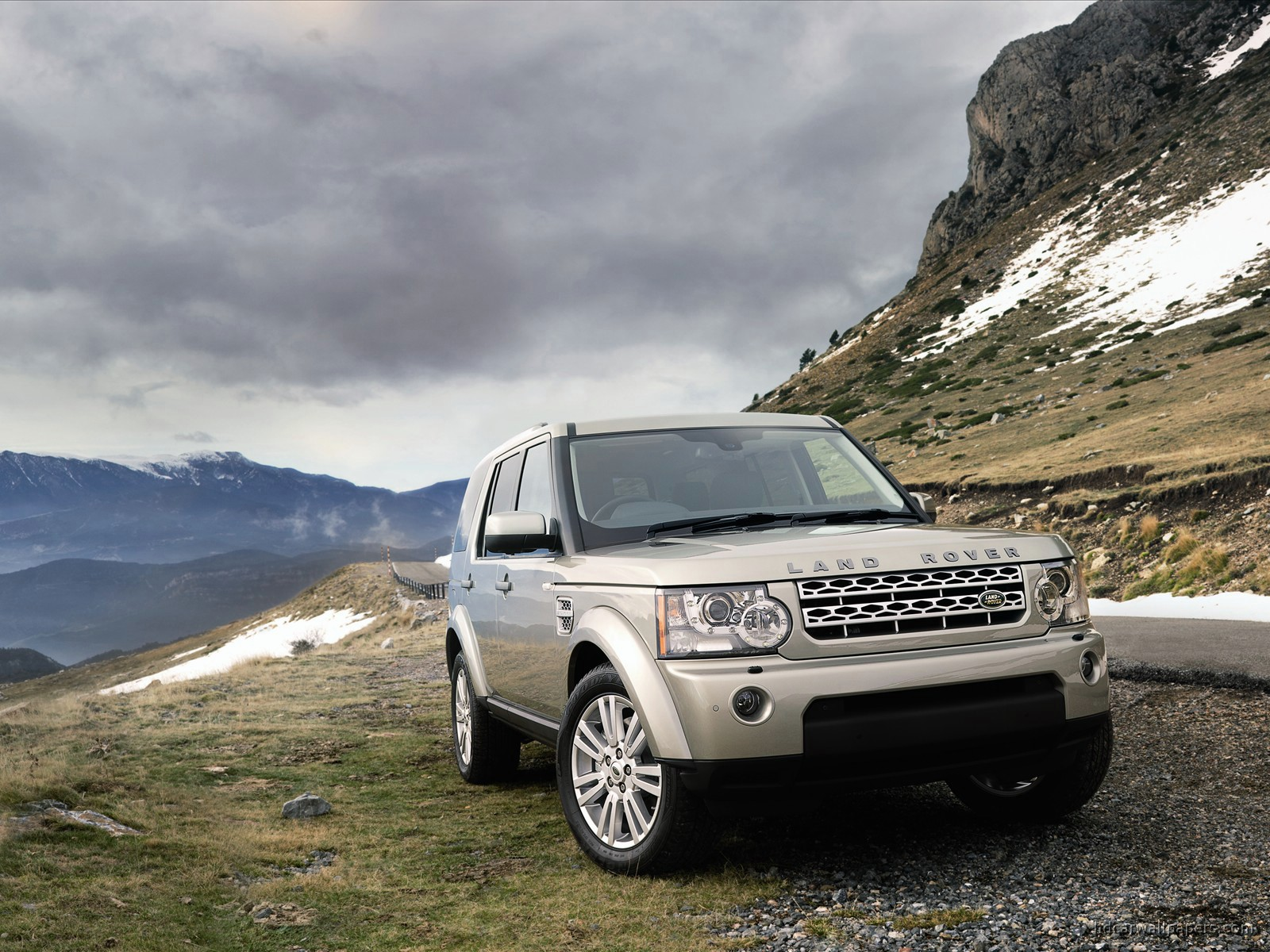 2010 land rover discovery 2 wallpaper hd car wallpapers. Black Bedroom Furniture Sets. Home Design Ideas