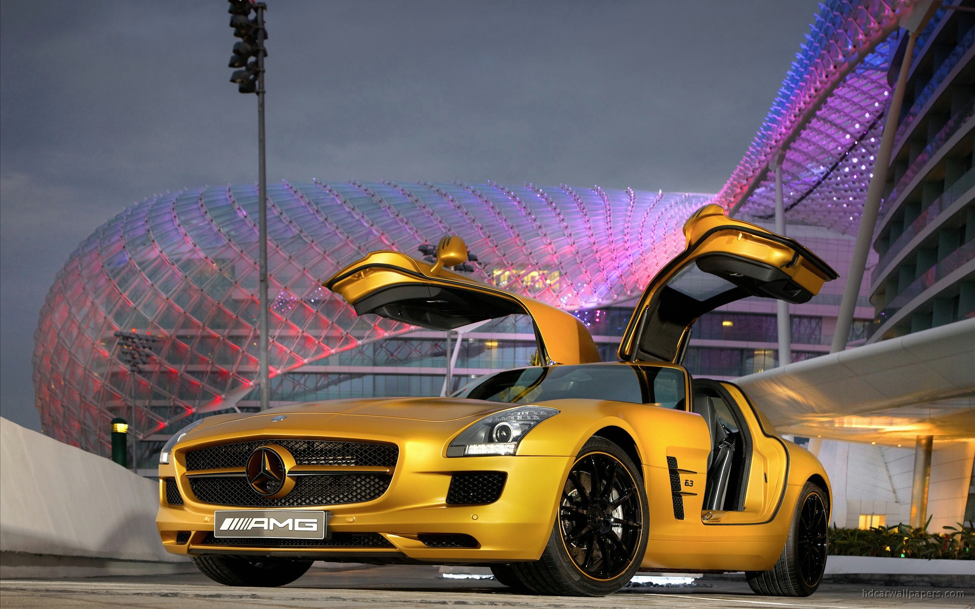 Gold Car Wallpapers: 2010 Mercedes Benz SLS AMG Desert Gold 5 Wallpaper