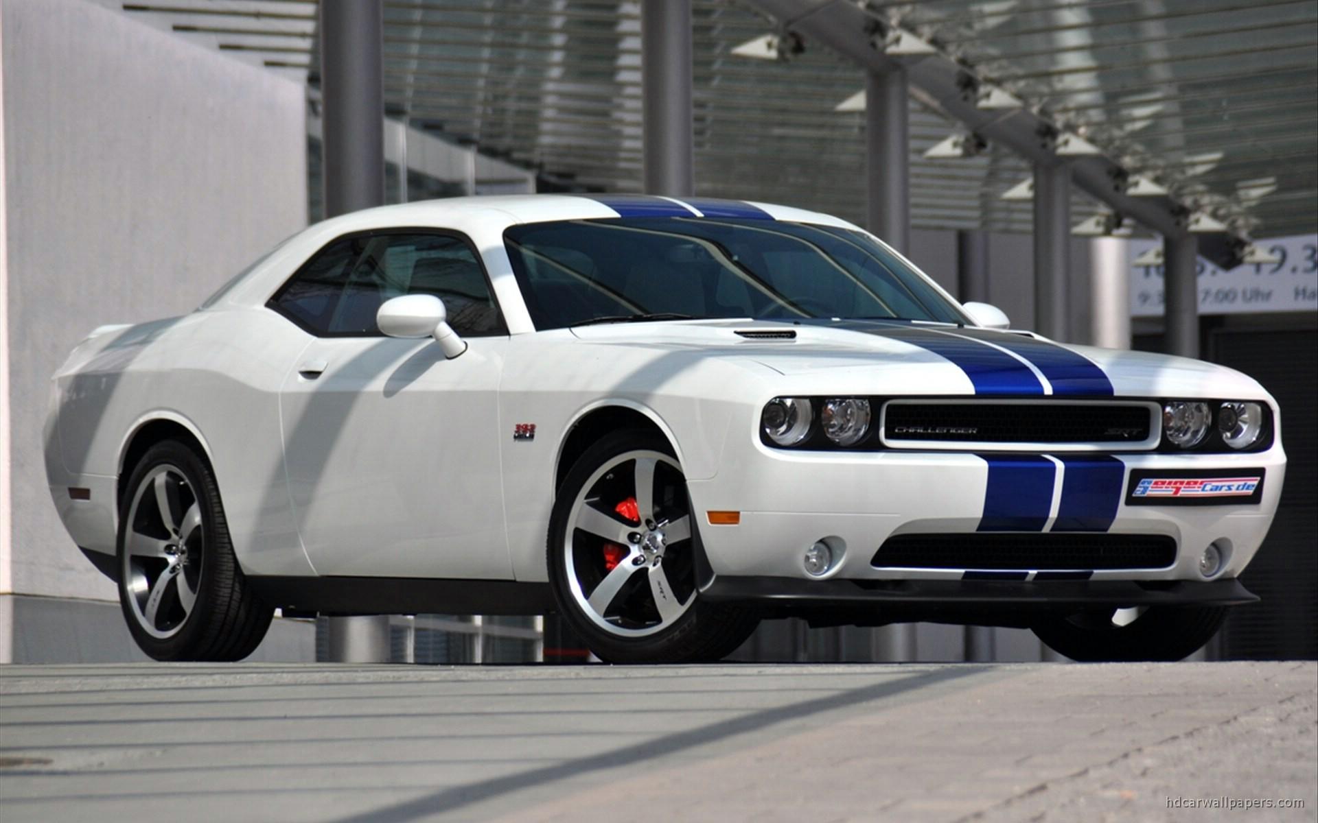 2011 Dodge Challenger Srt8 Wallpaper Hd Car Wallpapers