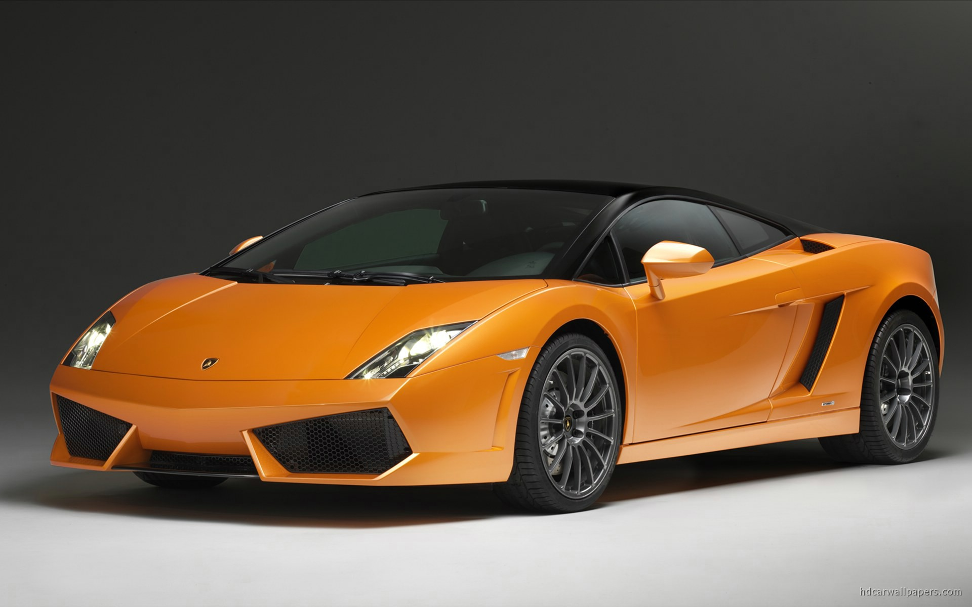 2011 Lamborghini Gallardo LP560 4 Bicolore Wallpaper