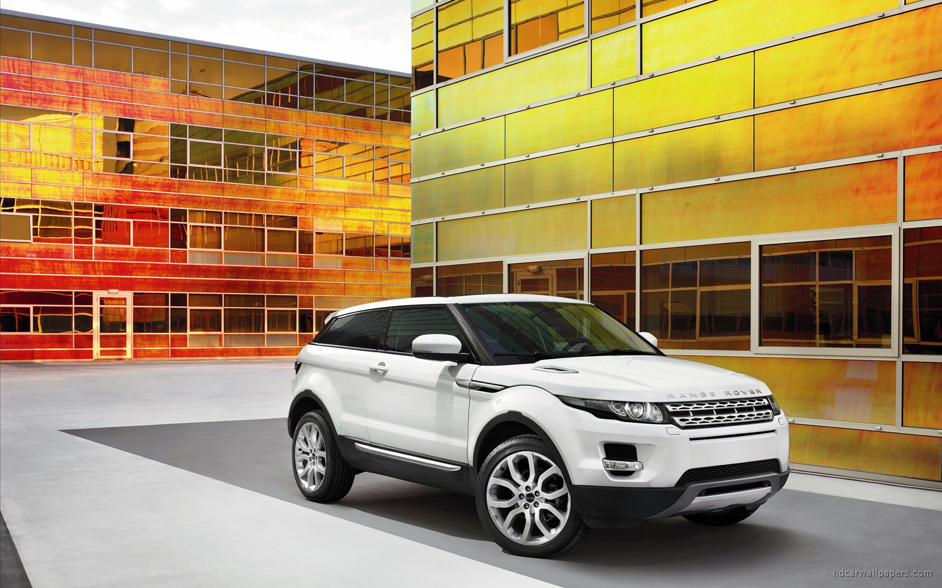 http://www.hdcarwallpapers.com/walls/2011_land_rover_range_rover_evoque-wide.jpg