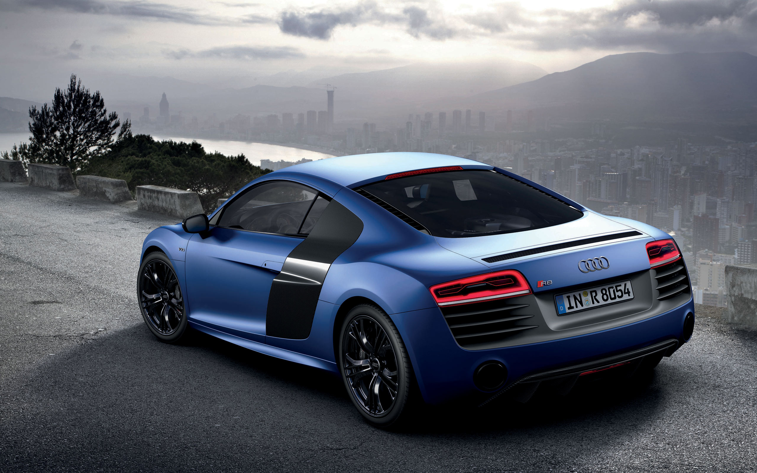 2013 audi r8 v10 plus 2 wallpaper hd car wallpapers id 3054. Black Bedroom Furniture Sets. Home Design Ideas