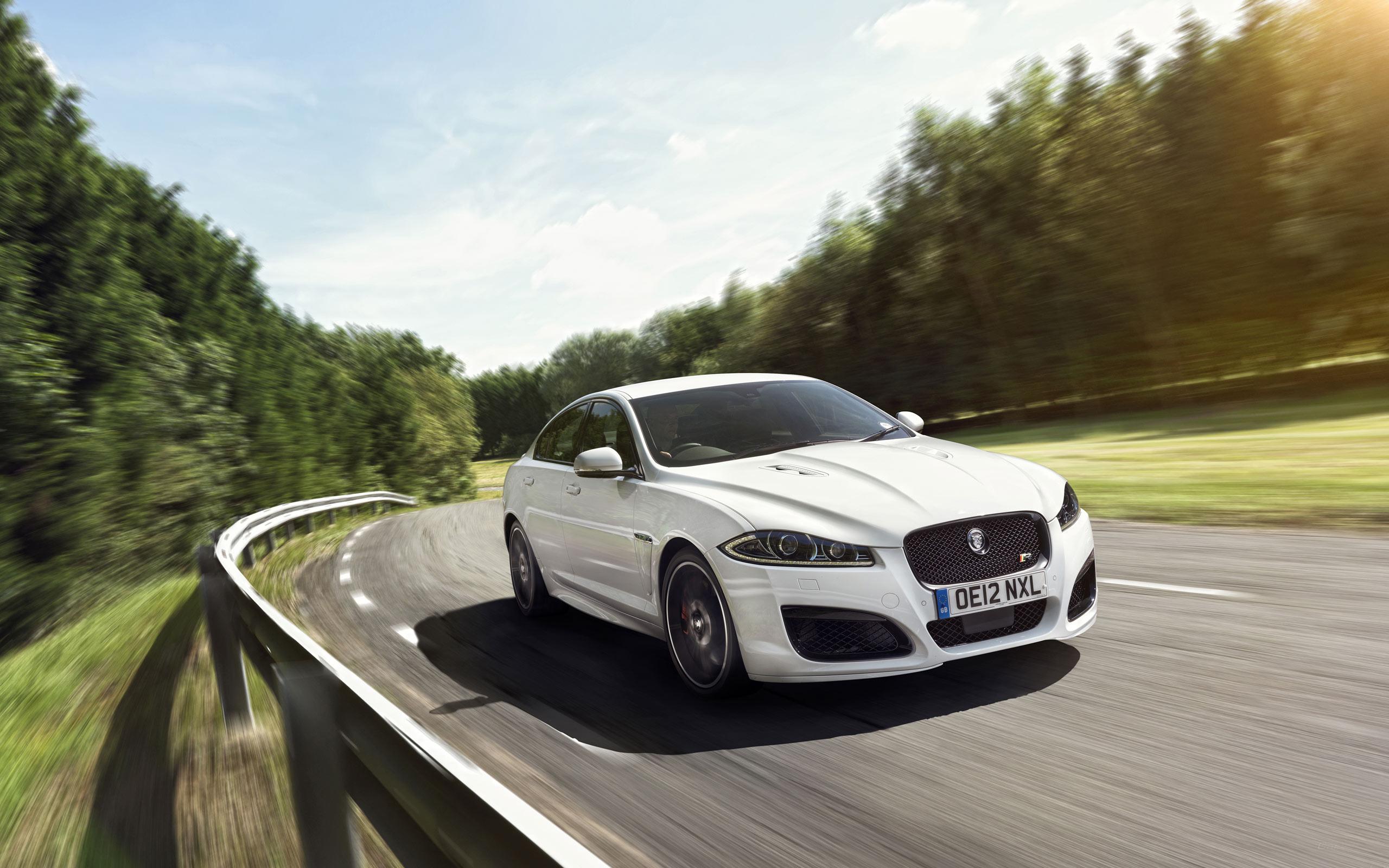 White Jaguar Car Wallpaper Hd   Photo#26