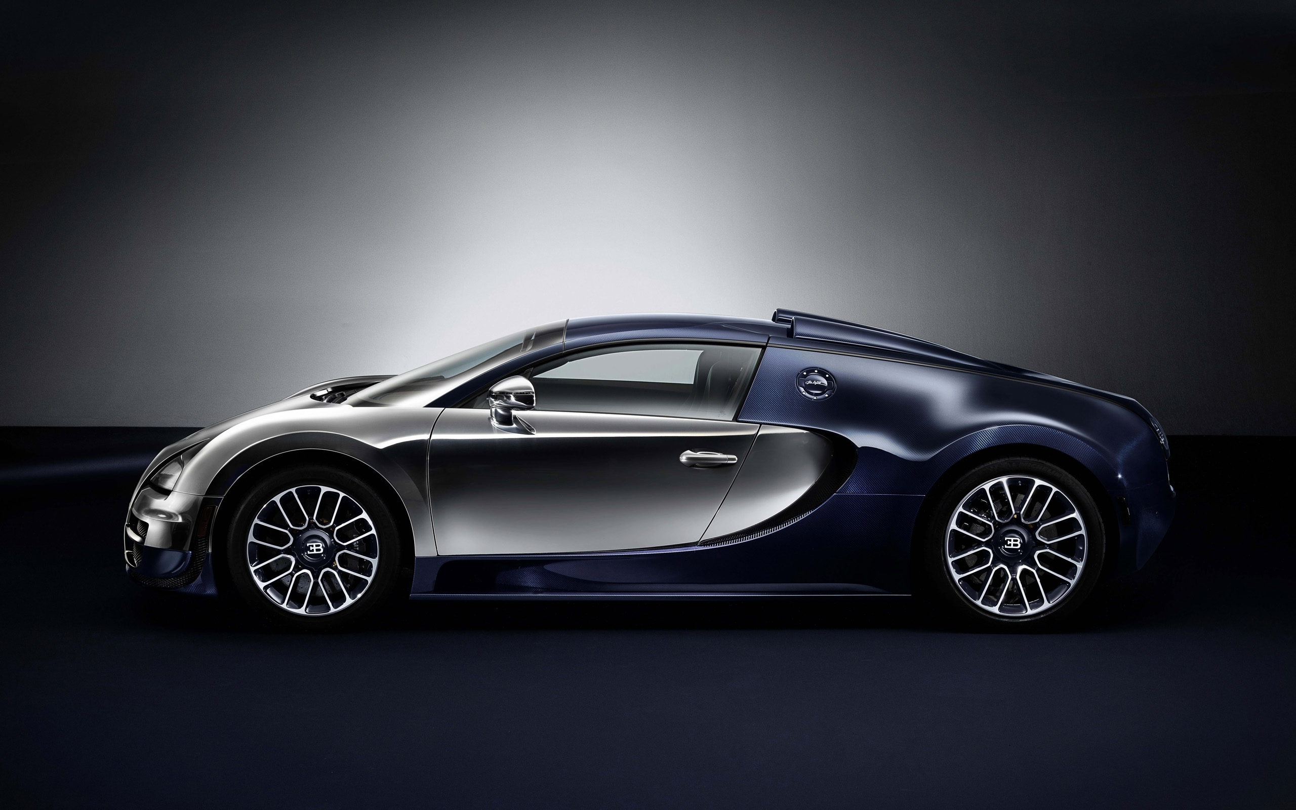 2014 bugatti veyron ettore bugatti legend edition. Black Bedroom Furniture Sets. Home Design Ideas