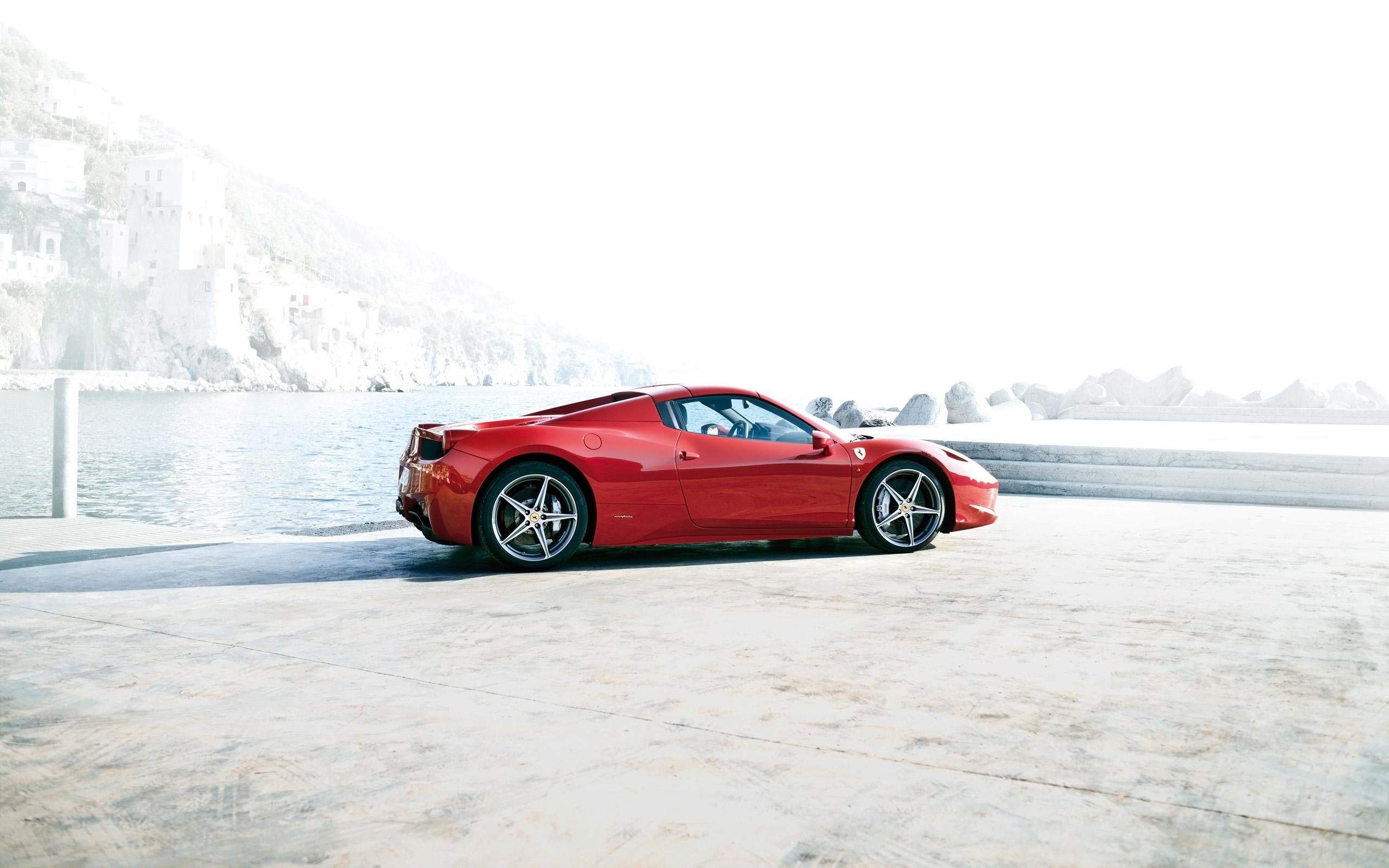 2014 Ferrari 458 Spider 2