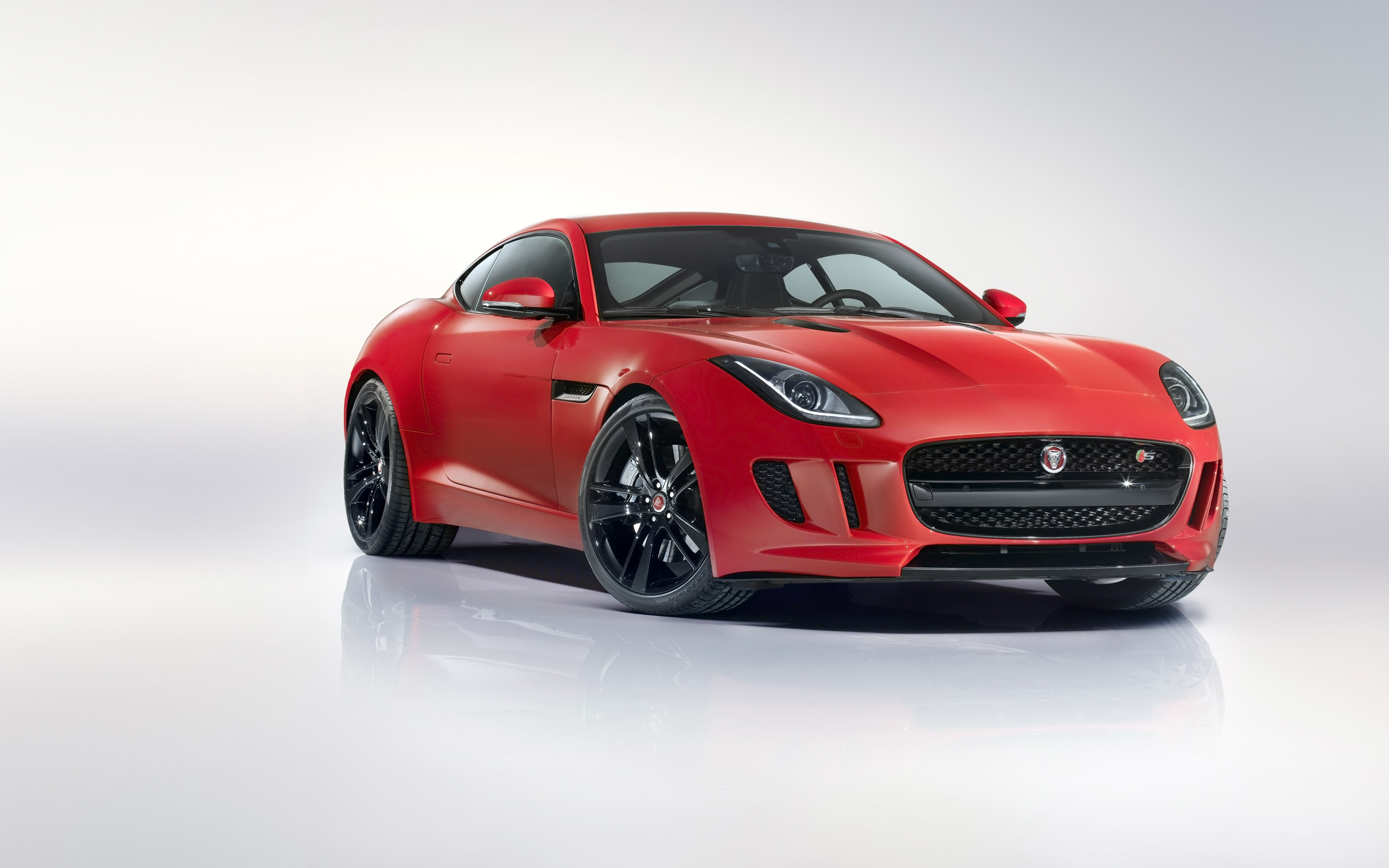 2014 Jaguar F Type R Coupe 3 Wallpaper Hd Car Wallpapers Id 3979