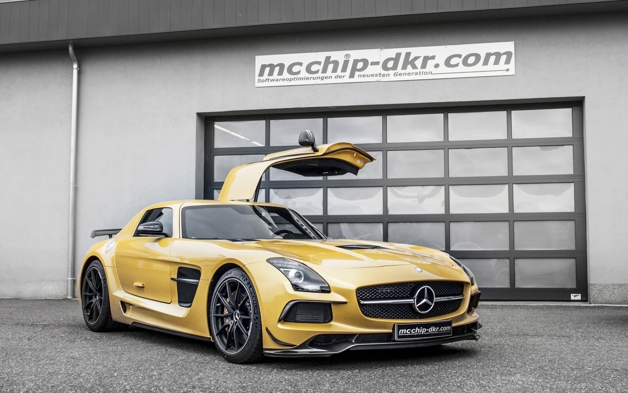 2014 mcchip dkr mercedes benz sls amg black series wallpaper hd. Black Bedroom Furniture Sets. Home Design Ideas