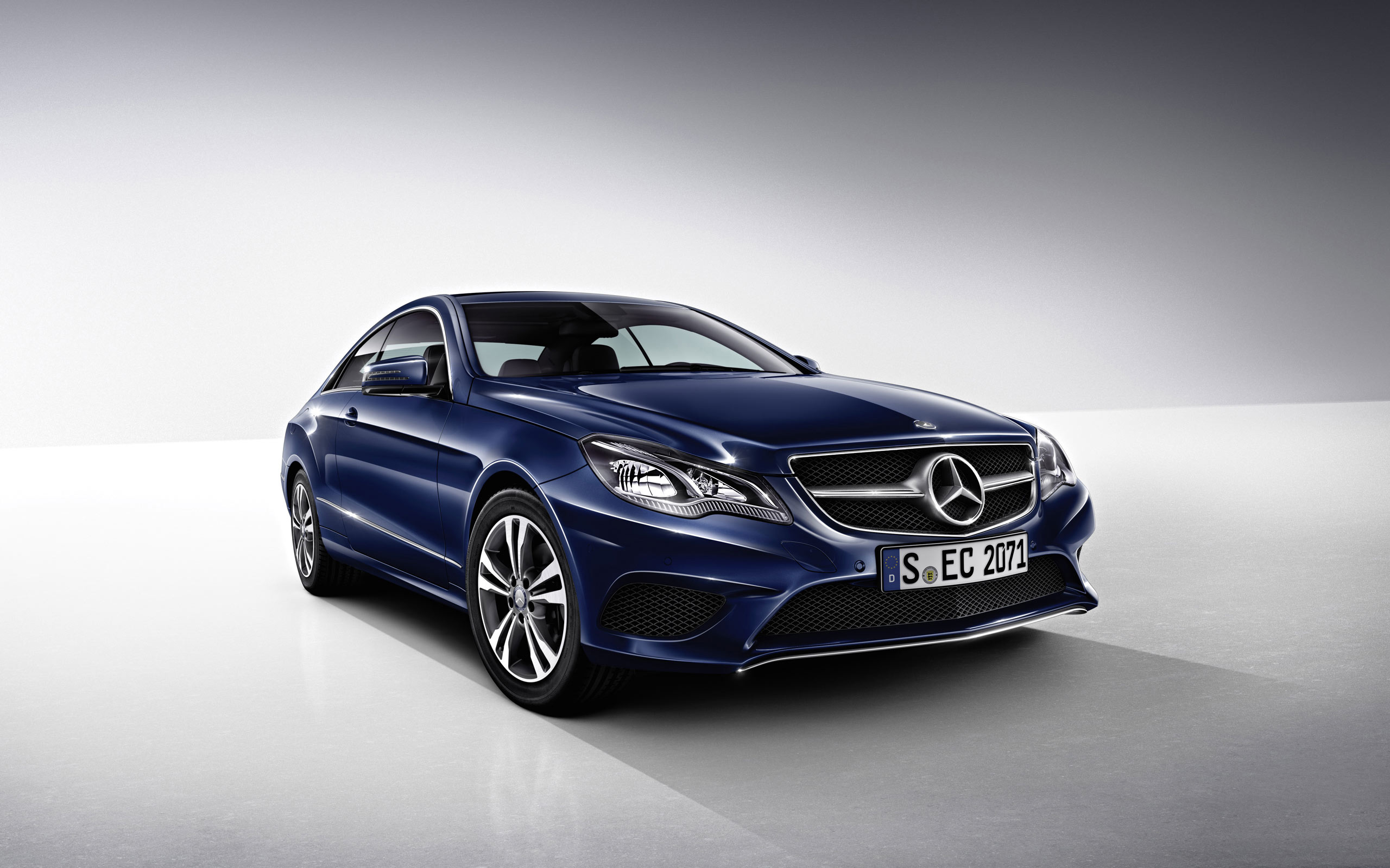 2014 mercedes benz e class coupe wallpaper hd car for Mercedes benz cars images