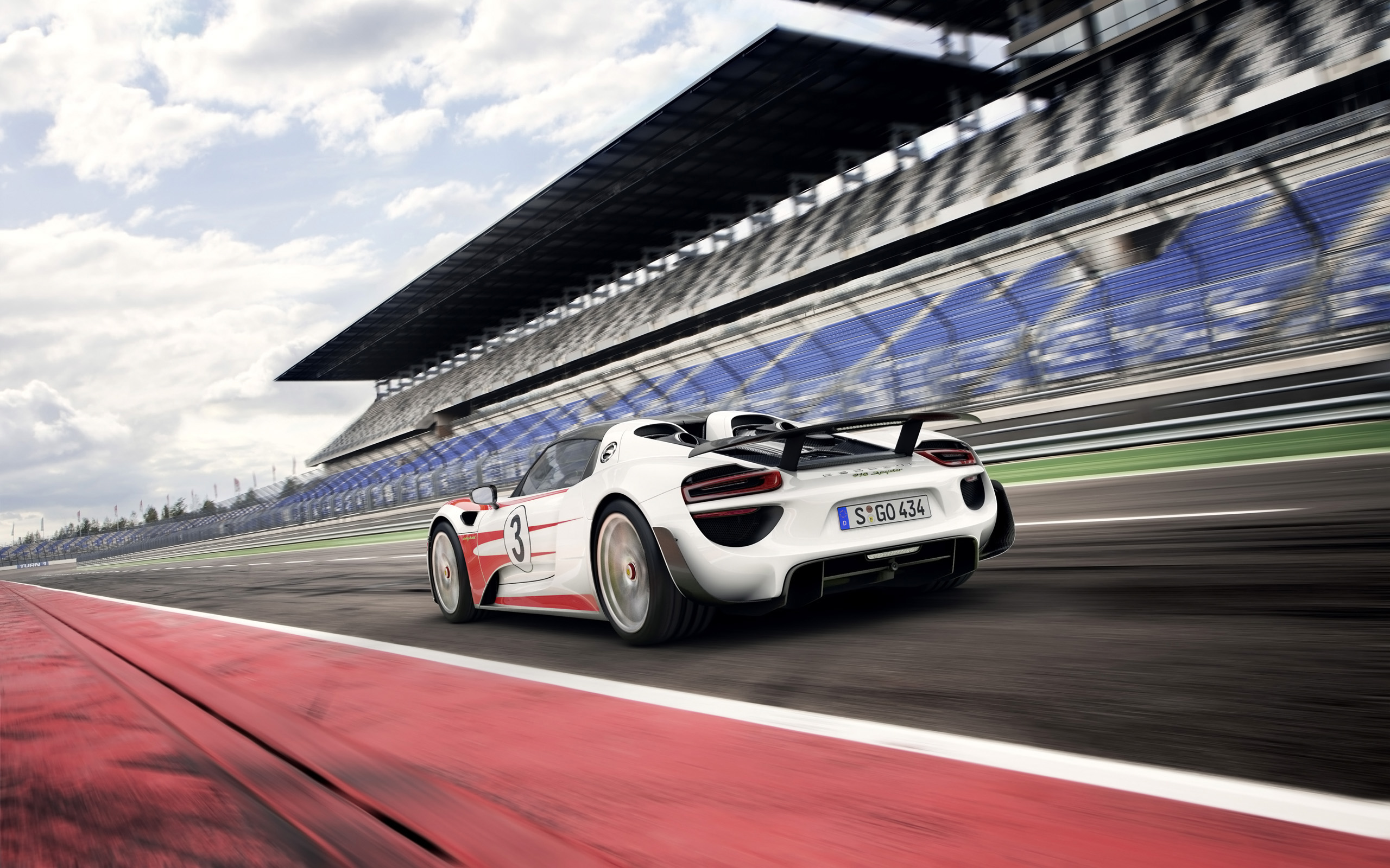 2014 porsche 918 spyder weissach package 2 - Porsche 918 Spyder Wallpaper