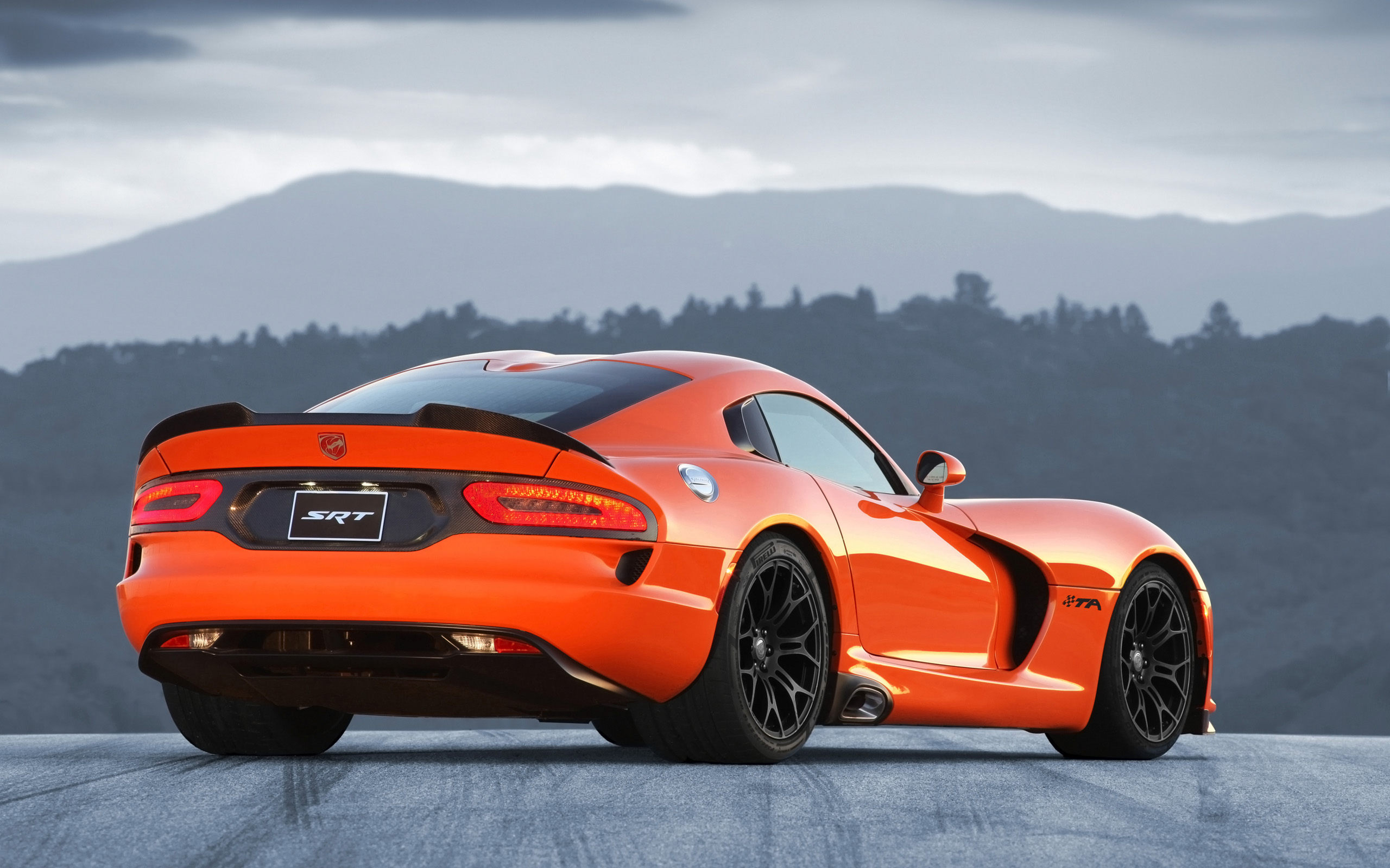 2014 Srt Viper Ta Wallpaper Hd Car Wallpapers
