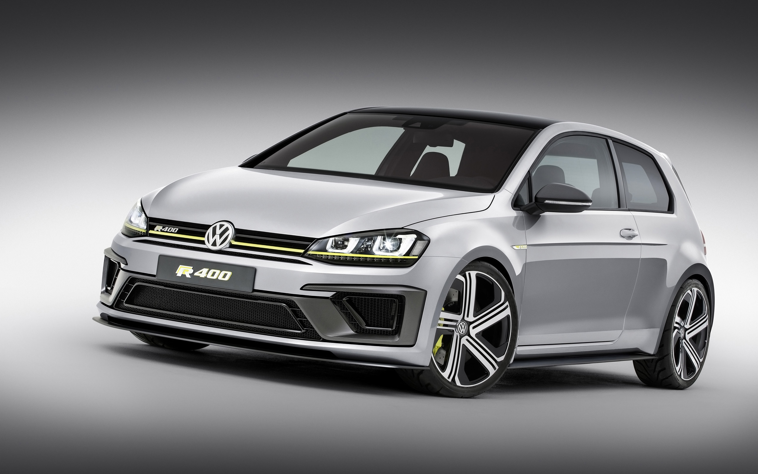 2014 Volkswagen Golf R 400
