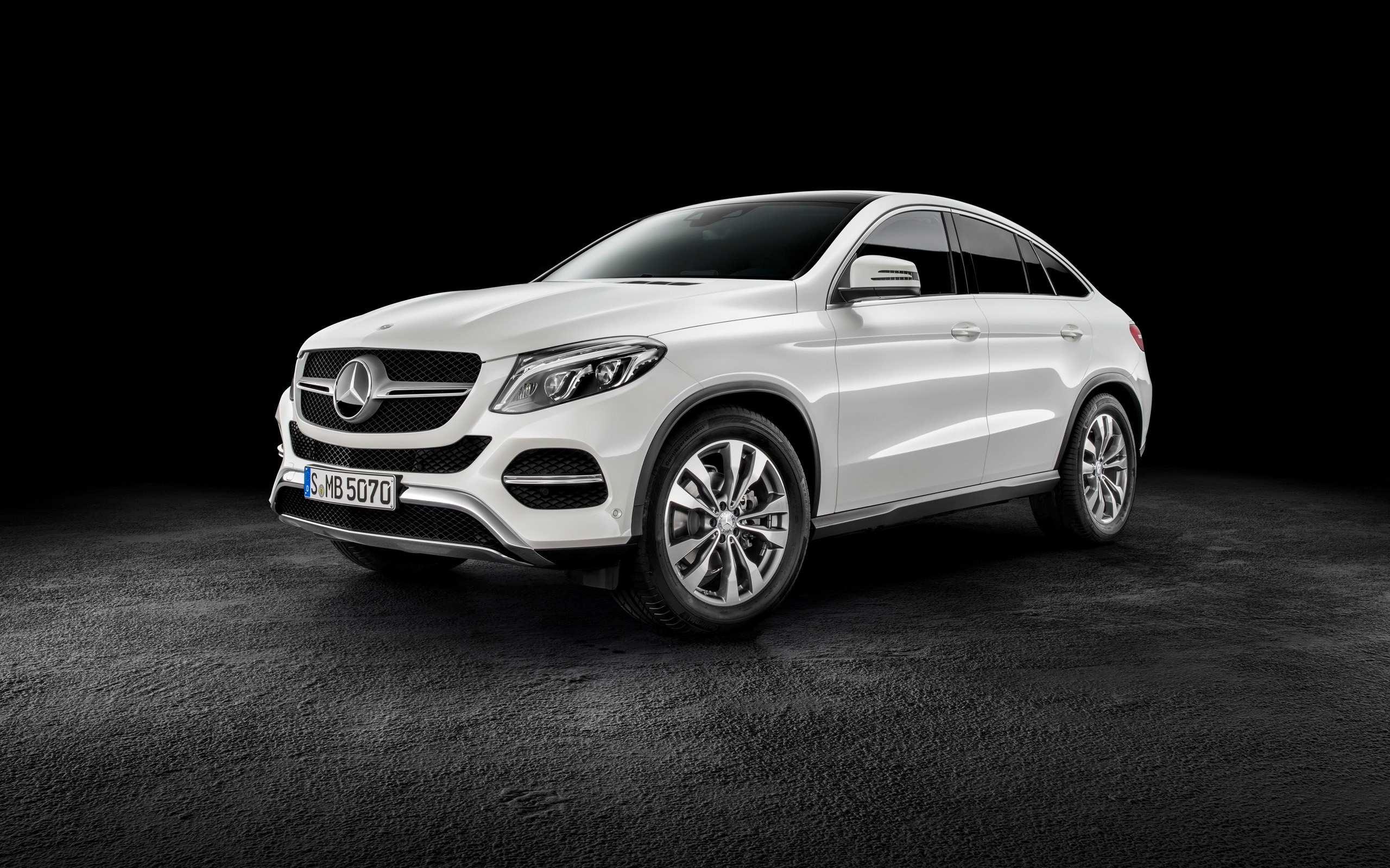 2015 Mercedes Benz Gle Coupe Wallpaper Hd Car Wallpapers Id 5008
