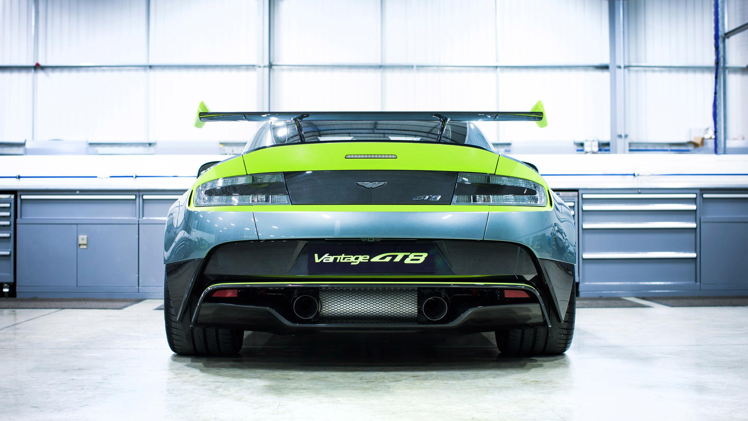 2016 Aston Martin Vantage Gt8 Rear View Wallpaper Hd Car Wallpapers Id 6439